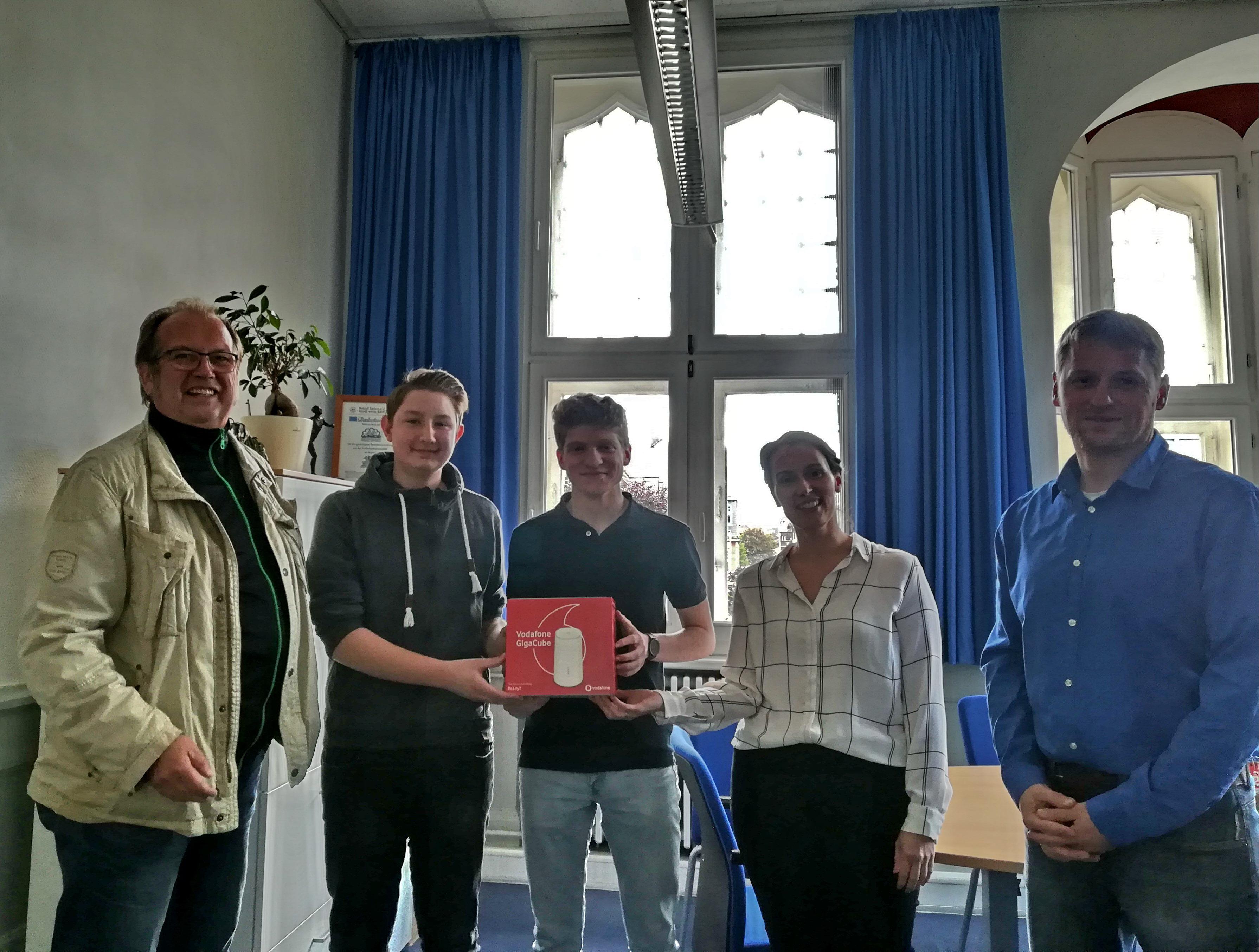 Mai 2019: Förderverein unterstützt den Netzausbau der Augustinerschule